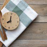 Timing Diät – Regeln, Vorteile, Rezepte, Sport